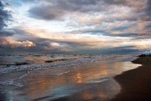 آیا سونامی در دریای خزر حقیقت دارد؟