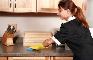 توصیه های ایمنی و مفید برای خانم های خانه دار