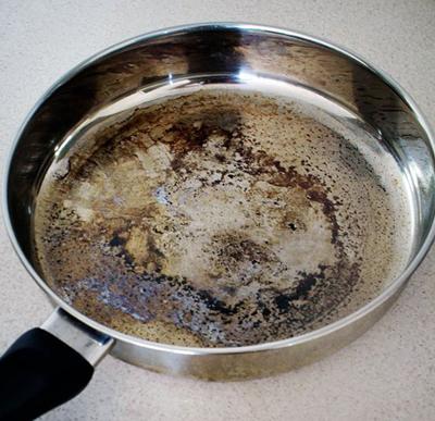 روش های مؤثر در سفید کردن ظروف سوخته