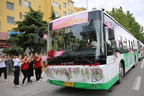 ازدواجراننده یک اتوبوس شهری