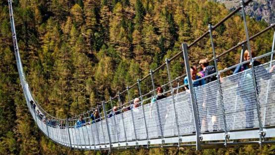 طویل ترین پل معلق عابر دنیا