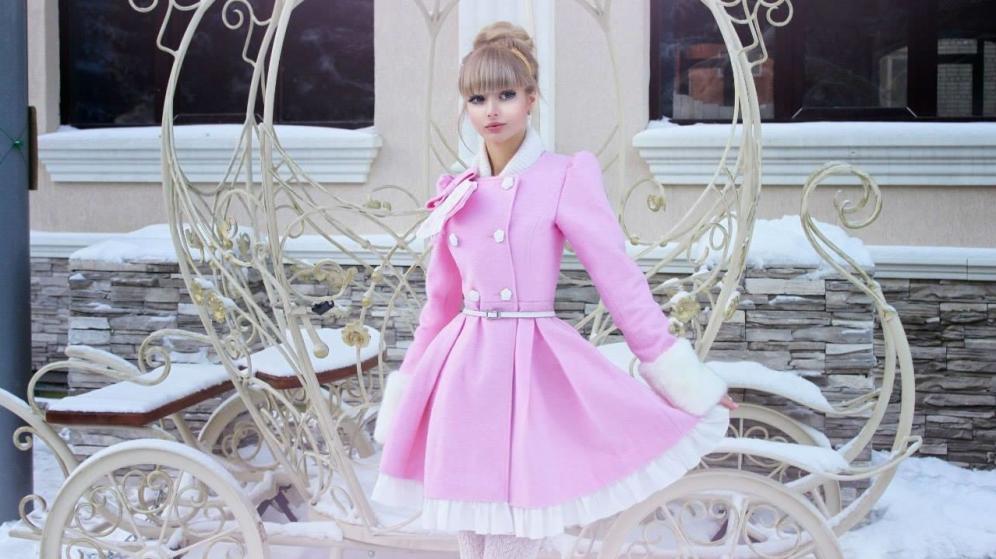 زیباترین دختر جهان این دختر روسی معروف به باربی است