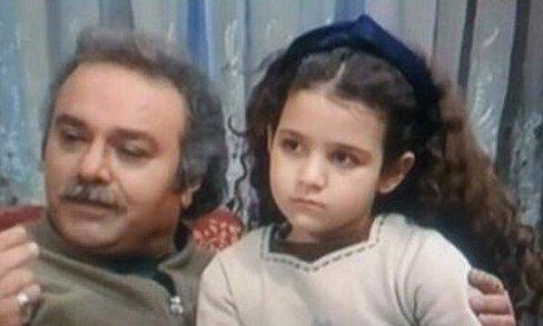روژان آريامنش در کودکی