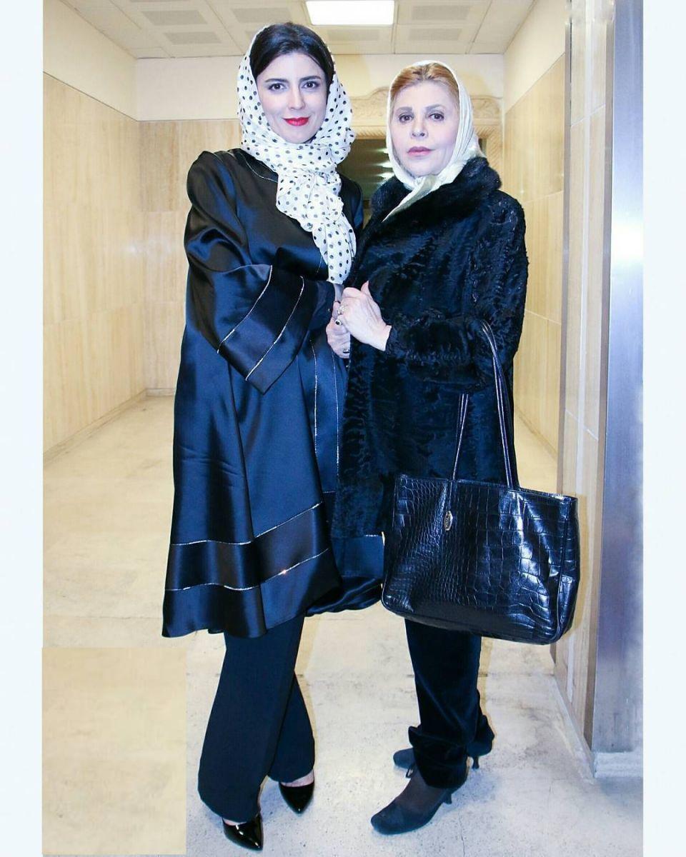 لیلا حاتمی همراه با مادرش