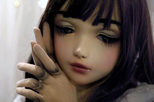عروسک زنده و واقعی شبیه به انسان