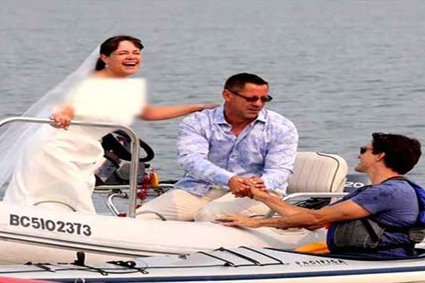 حرکت جالب نخست وزیر با عروس و داماد