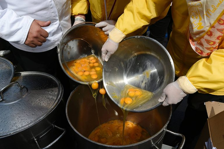 طبخ املت بلژیکی غول آسا