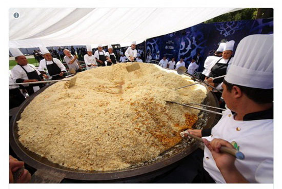 طبخ آش پلو به وزن 7 تن