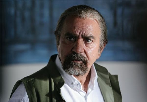 حضور متفاوت پرویز پرستویی در فیلم لس آنجلس - تهران