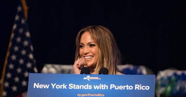 کمک خیرخواهانه خواننده آمریکایی به طوفان زدگان