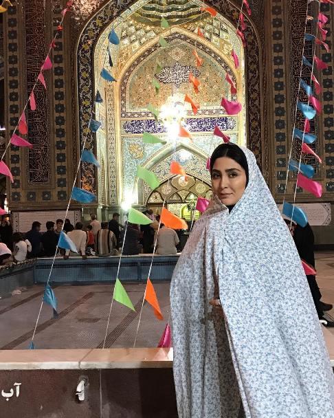 هنرمند زن در امامزاده صالح (ع)