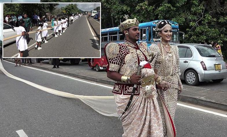 ساری طولانی زوج هندی