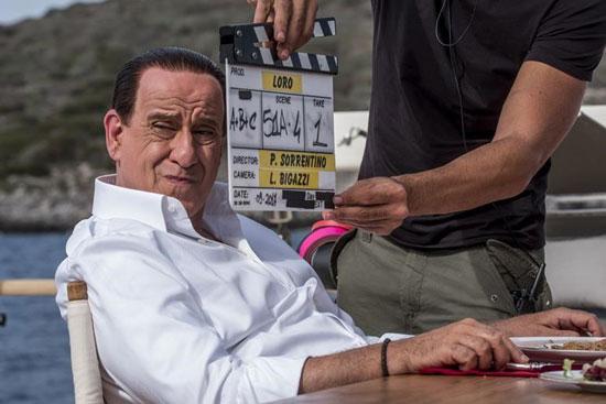 ایفای نقش سیلویو برلوسکونی توسط یک بازیگر