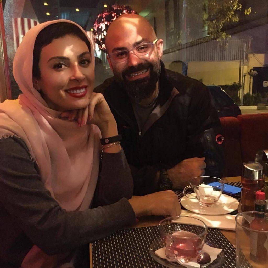 سلفی تازه حدیثه تهرانی در کافه