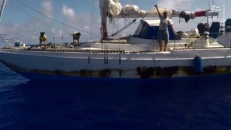 نجات دو زن در اقیانوس بعد از 5 ماه سرگردانی میان امواج