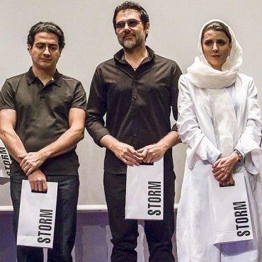 کوروش تهامی در کنار دو هنرمند مشهور