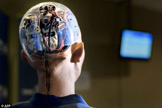 رباتی شبیه به ادری هپبورن