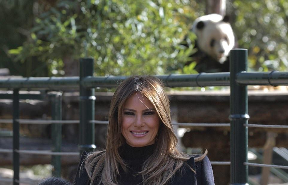 گشت و گذار ملانیا ترامپ در باغ وحش