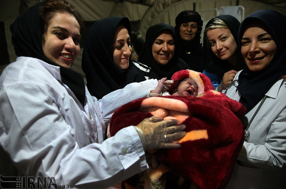 تولد نوزاد پس از زلزله