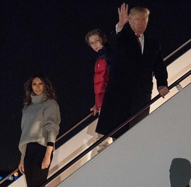 حضور دونالد ترامپ در کاخ سفید پس از تعطیلات