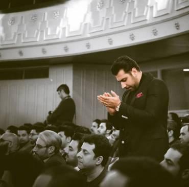 احترام گذاشتن احسان خواجه امیری به ترانه سرای مشهور