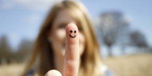 100 توصیه که به شاد زندگی کردن شما کمک میکند