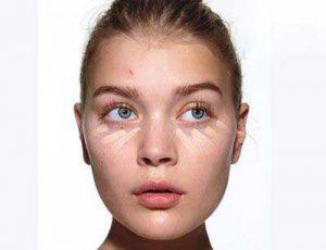 روش بادوام کردن آرایش روی صورت های چرب
