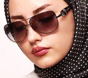 چگونه یک عینک دودی استاندارد و مناسب چشم هایمان انتخاب کنیم