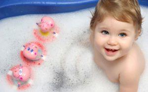 توصیه هایی درباره حمام کردن کودکان نوپا