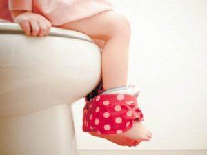 چگونه به کودک خود توالت رفتن را یاد بدهم؟