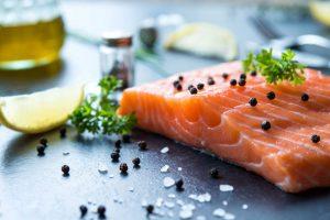 کدام غذاها برای از بین بردن جوش مفید هستند