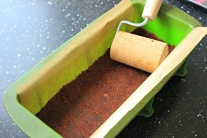 آموزش تصویری پخت چیزکیک قهوه و شکلات
