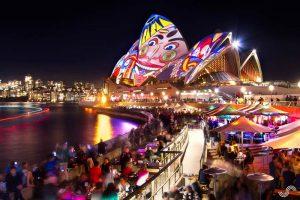 تصاویر زیبا و جذاب از جشنواره رنگ و نور و موسیقی(vivid 2016) در سیدنی