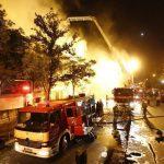 آتش سوزی در پاساژ خیابان امیر کبیر + جزئیات تعداد مصدومان آتش نشانی