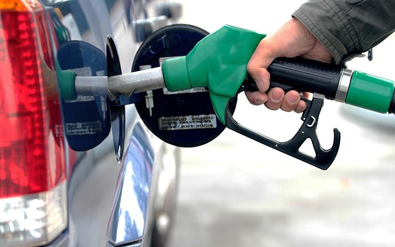 جزئیات توقف فروش بنزین در تهران,آیا فروش بنزین در تهران متوقف شده,شایعه توقف فروش بنزین در تهران